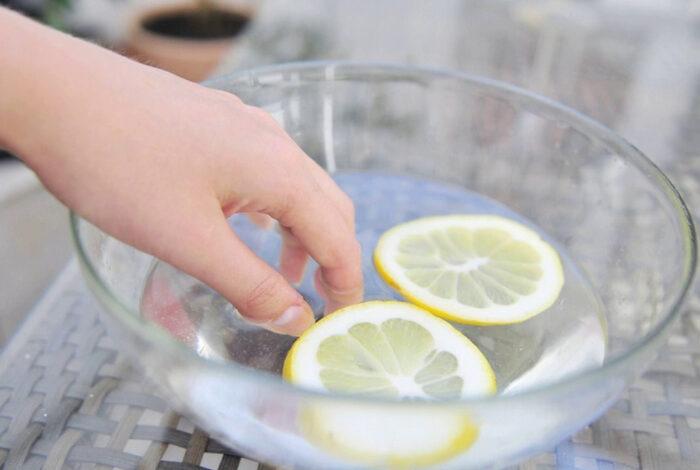 лимон с кипятком