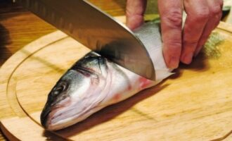 Обработка рыбы без головы
