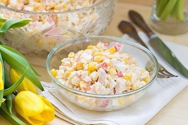 крабовый салат с йогуртом