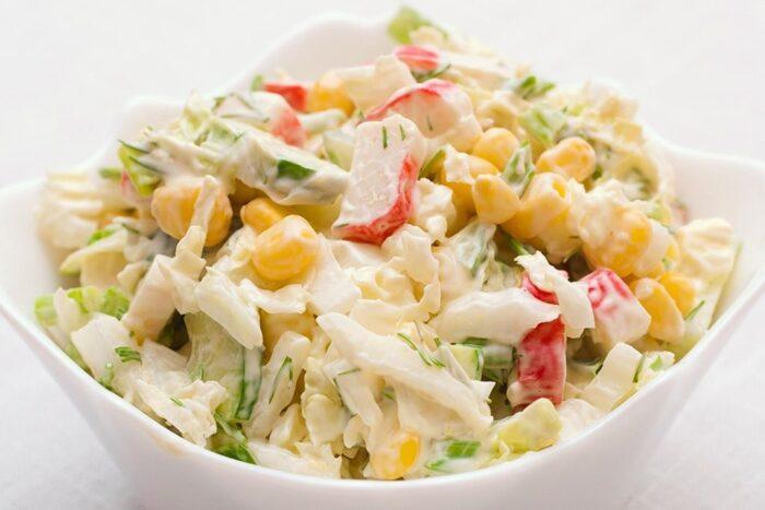 диетический салат с крабовым мясом